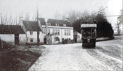 Tram leaving Globe c1904
